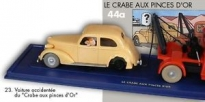 Cotxe accidentat - capsa vermella 1/43